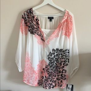 Women's blouse I.n studio new with tags
